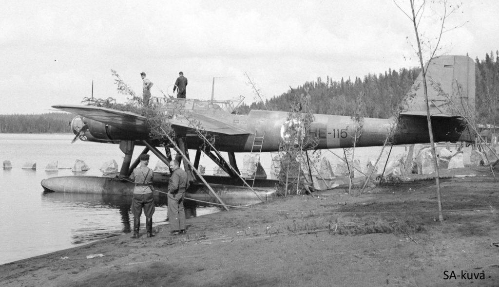 """Heinkel HE-115 """"Jenny"""", jota käytettiin kaukopartioiden kuljetuksiin. SA-kuva."""
